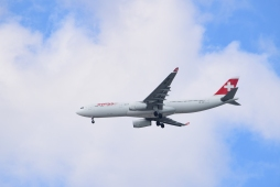Swiss on final approach @MIA